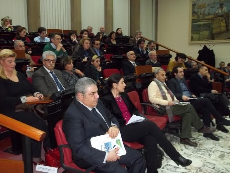 Il pubblico alla Camera di Commercio di Cosenza.