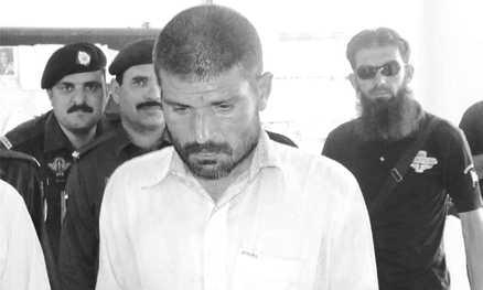 Cannibali in Pakistan, condannati per aver mangiato cadaveri