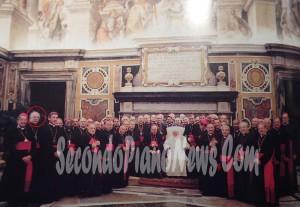Józef Wesołowski (cerchiato) durante il Giubileo dei Nunzi Apostolici nel 2000