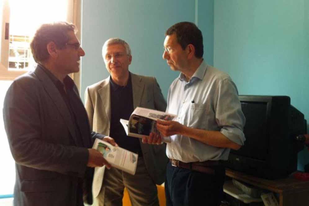 SMENTITO DALLE FOTO. Salvatore Buzzi con il sindaco Ignazio Marino