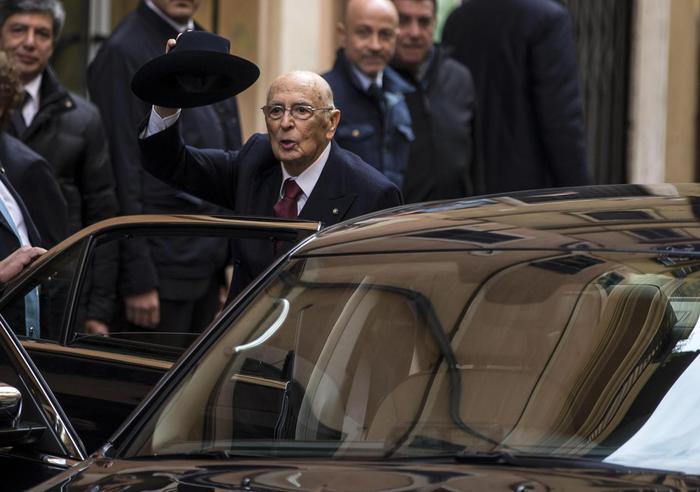 Giorgio Napolitano si è dimesso (Ansa/Percossi)