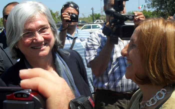Maria Carmela Lanzetta saluta Rosy Bindi