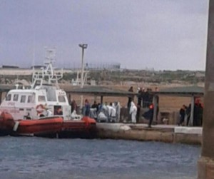 Strage di migranti nel canale di sicilia in 29 muoiono for Piani domestici della carolina costiera