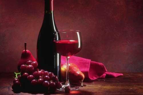 Chi beve vino rosso campa cent'anni