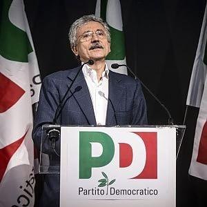 Massimo D'Alema alla convention della minoranza Pd (Ansa)