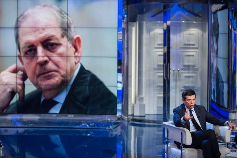 Maurizio Lupi a Porta a Porta annuncia le dimissioni