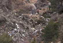 Operazione di ricerca sul luogo del disastro A320