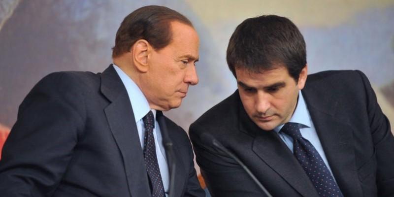 Silvio Berlusconi e Raffaele Fitto a novembre 2010