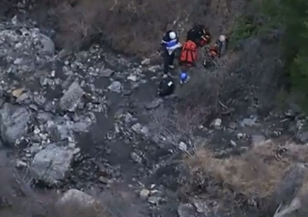 Soccorritori sul luogo del disastro del Germanwings