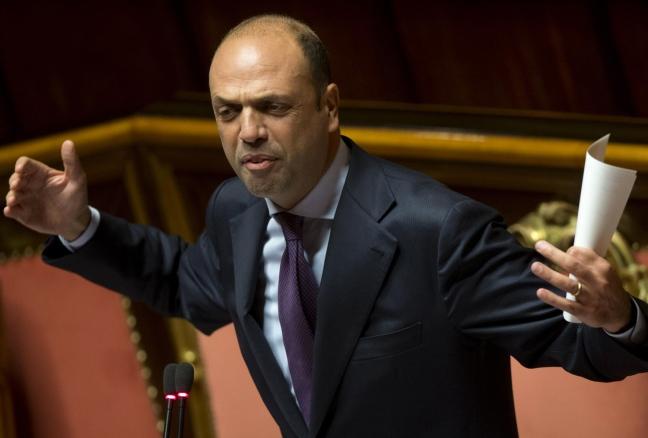 Il ministro dell'Interno Angelino Alfano in una foto al Senato