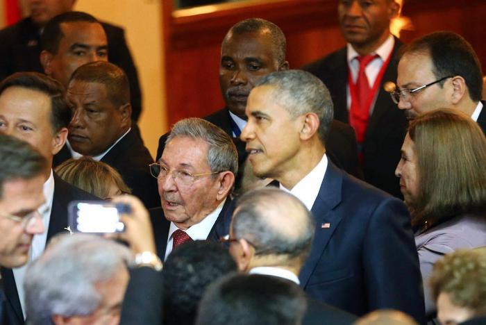 Castro e Omaba in mezzo ai leaders delle Americhe