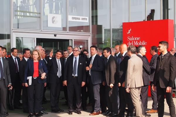 Matteo Renzi al Salone del Mobile a Milano