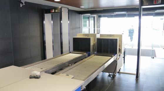 Metal detector per la sicurezza nei tribunali
