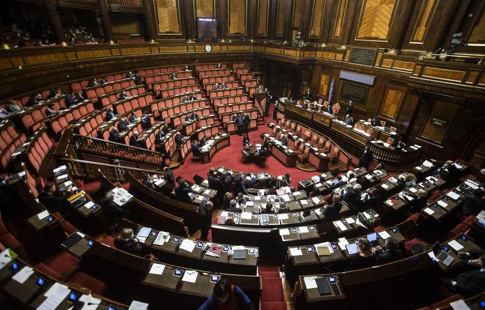 Senato approva ddl anticorruzione. Più carcere per mafiosi