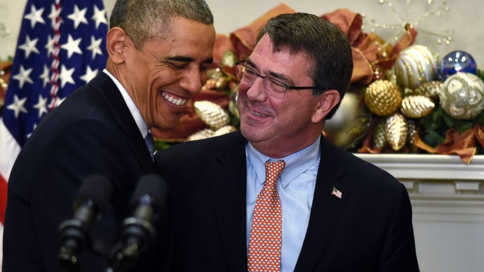 Il capo del Pentagono Ashton Carter con Barack Obama