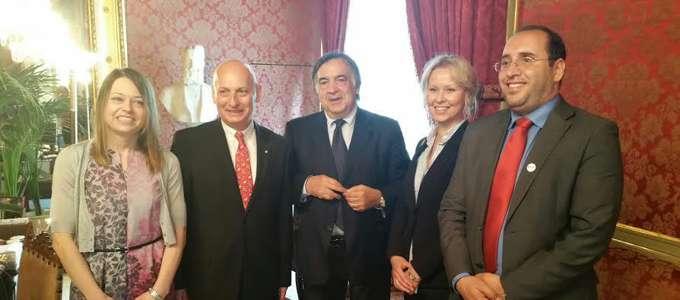 Gli ambasciatori della Polonia e d'Estonia insieme al sindaco di Palermo Leoluca Orlando