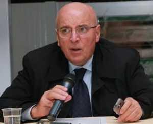 Il governatore della Regione Calabria Mario Oliverio