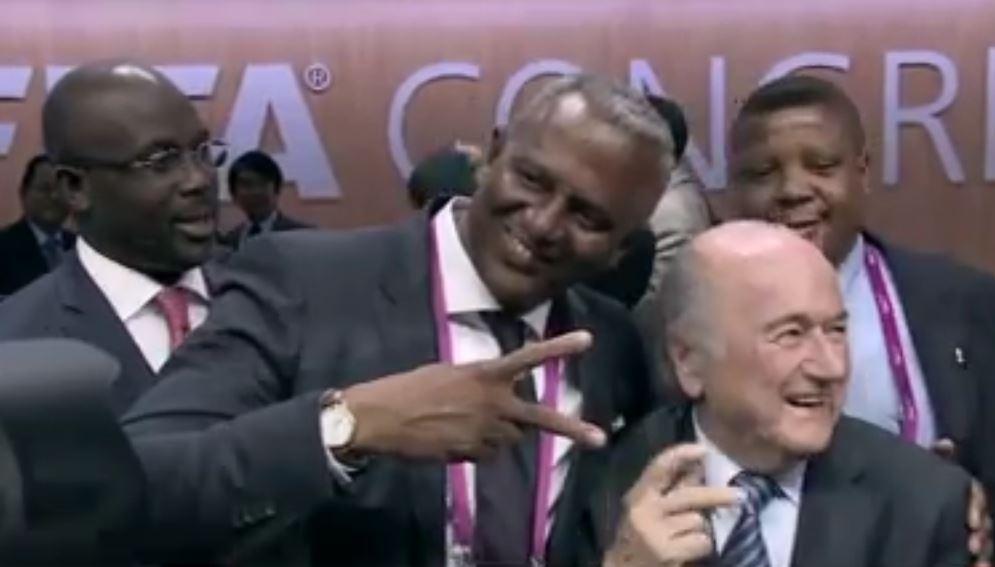 Sepp Blatter coi i delegati   Fifa