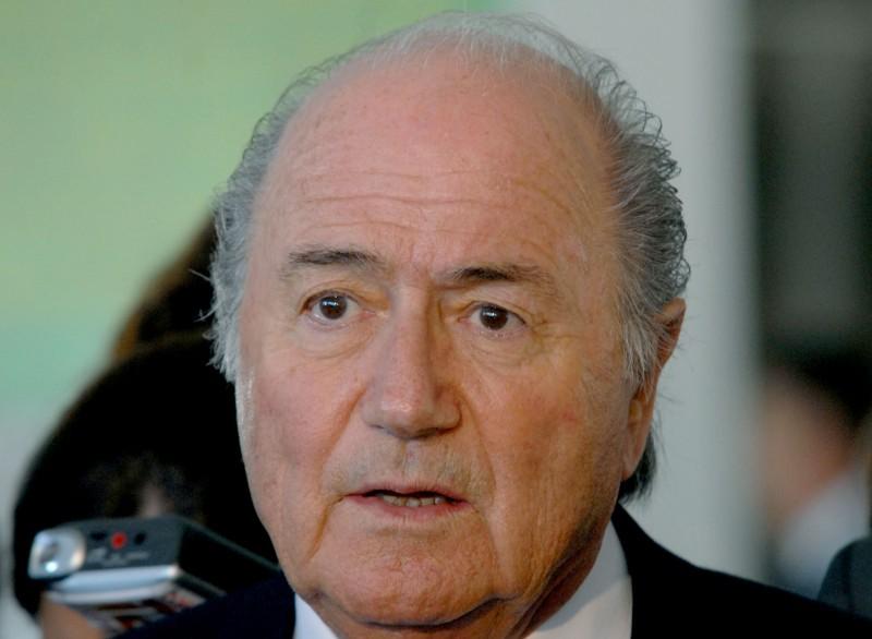 """Blitz nella Fifa, arrestati gli """"intoccabili"""". Indagato Blatter. E' la calciopoli di tutti i tempi."""