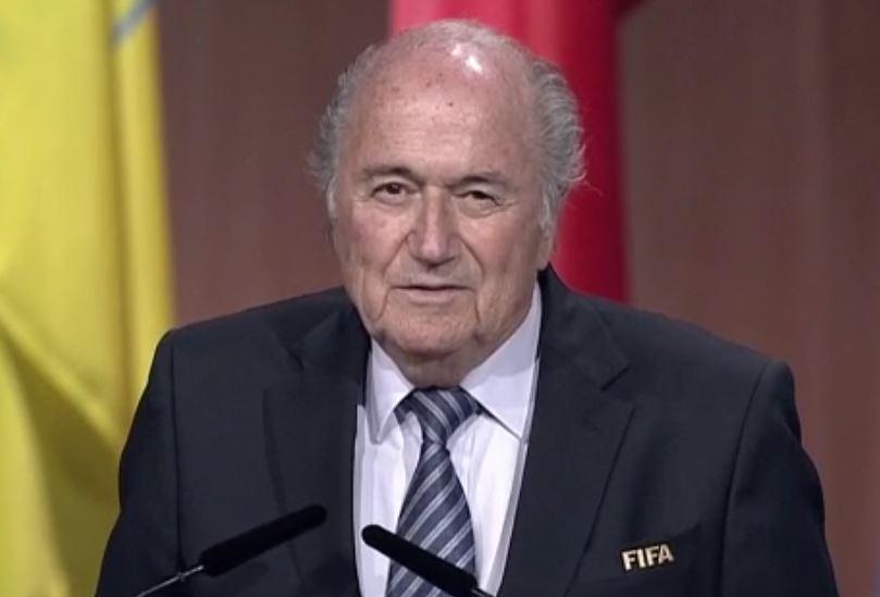 Sepp Blatter durante il suo discorso dopo la vittoria del quinto mandato