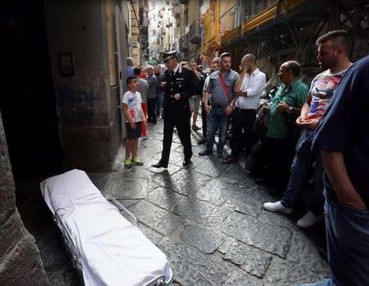 Vico Bagnara dov'è successo il dramma di Napoli