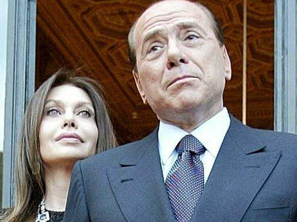 Silvio Berlusconi con l'ex consorte Veronica Lario - L'assegno per Veronica Lario si chiude a 1,5 mln