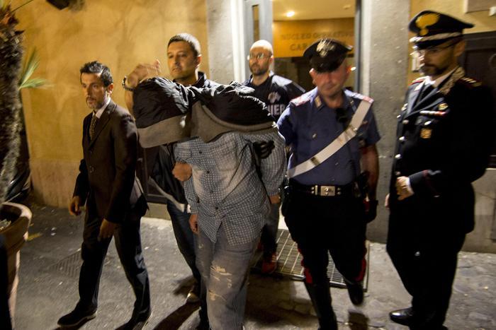Il presunto Killer Ludovico Caiazza, è un pregiudicato 32enne originario di Napoli, tossicodipendente.