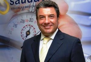 Il chirurgo plastico Matteo Tutino