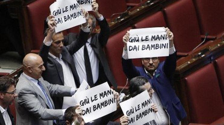 proteste della Lega Nord contro riforma scuola