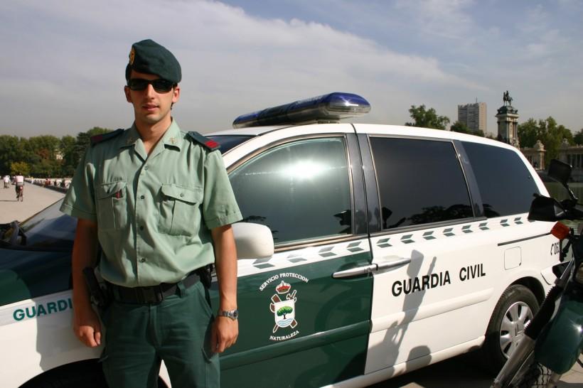 Guardia Civil Spagnola ha scoperto marocchino morto in una valigia