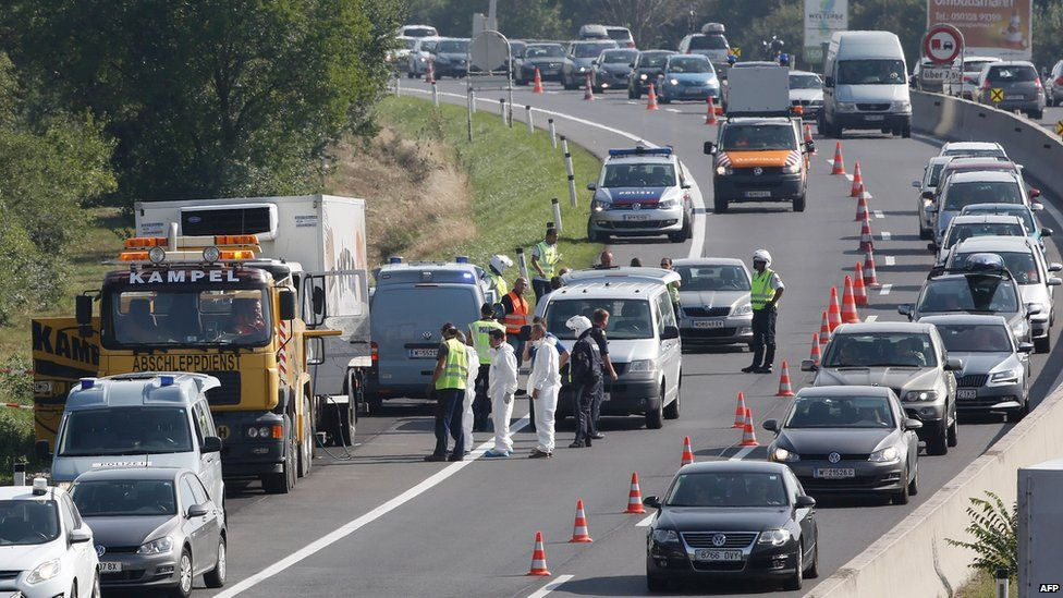 Il punto in Austria dove è stato ritrovato il camion carico di migranti morti