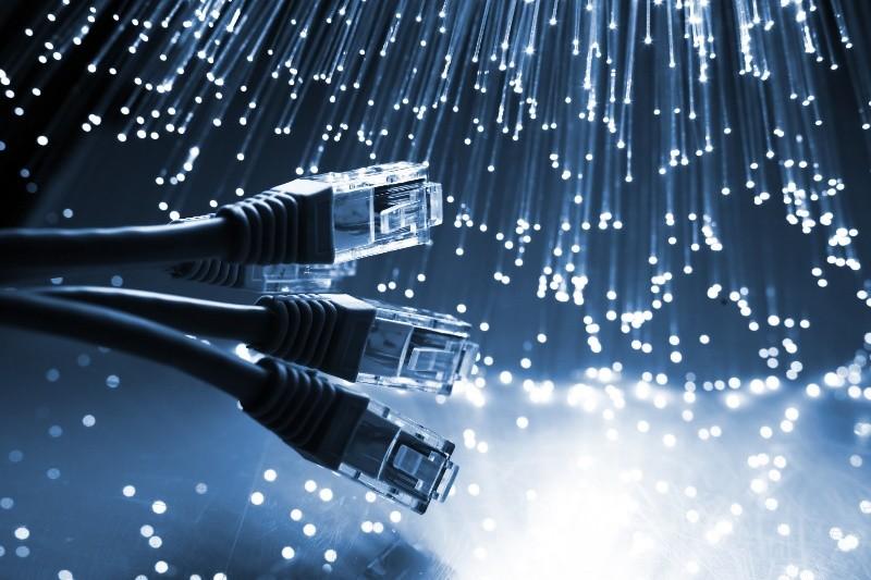 """L'Italia passerà dalla banda larga mai realizzata alla """"banda ultralarga"""". Cui prodest?"""