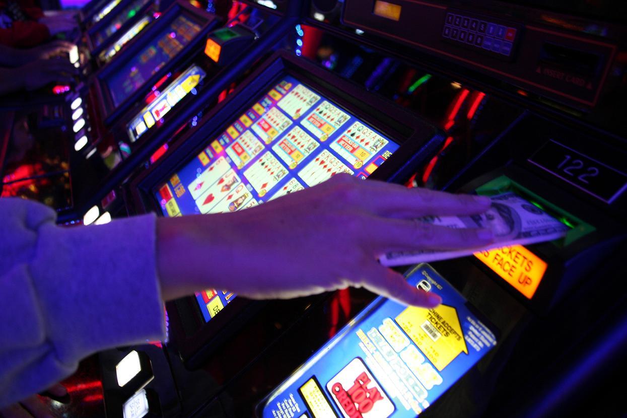 Gioco d'azzardo, sequestro di beni alla 'ndrangheta