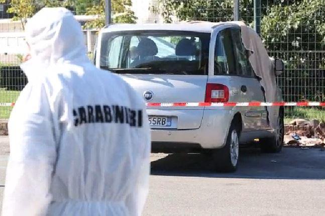 L'auto sulla quale si è suicidato Giuseppe Cafasso