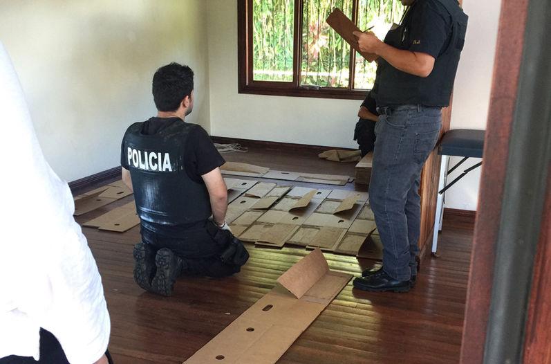 'Ndrangheta - La Polizia del Costa Rica scova la cocaina nascosta nelle scatole dei frutti tropicali
