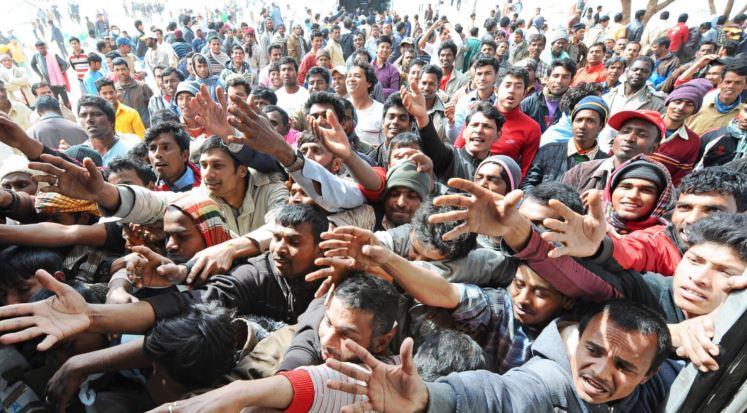 Il Times svela il piano segreto dell'Ue per rimpatriare 400mila migranti