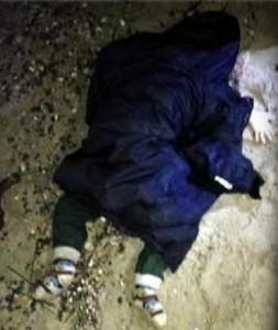 Un bimbo siriano trovato morti sulla spiaggia di Kos - - foto choc bambini siriani