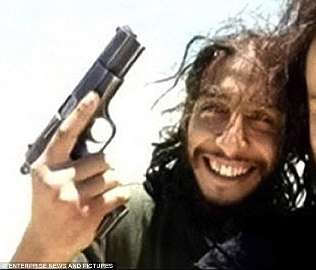 "Procura di Parigi: ""Ucciso Abdelhamid Abaaoud"" Era la mente"