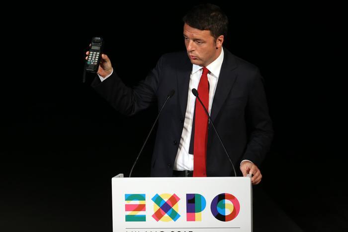 """Renzi: """"In 20 mesi fatto ciò che non è stato fatto in 20 anni"""