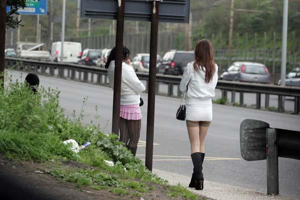 Lotta alla prostituzione. Espulse quattro straniere a Corigliano Calabro