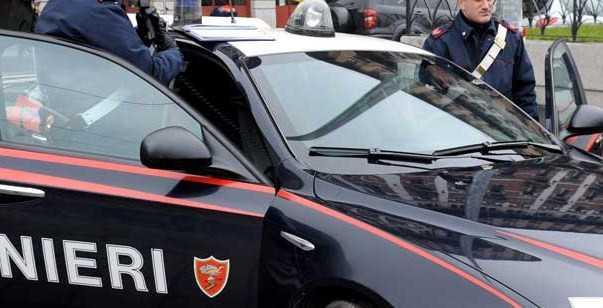 Rapinava tabaccai di Cosenza, arrestato un giovane di 20 anni
