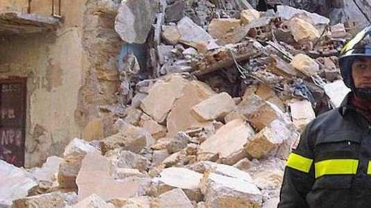"""Arnasco, un'esplosione e crolla palazzo. 5 morti. """"Una fuga di gas"""" - IMMAGINE ARCHIVIO"""