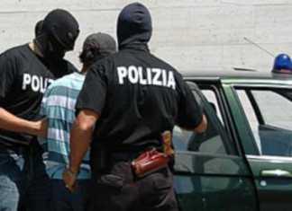 Sequestrano e picchiano donna, arrestate tre rumeni a Reggio Calabria