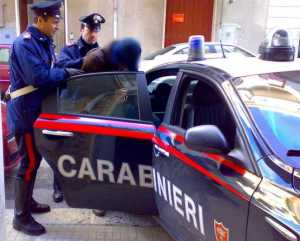 Armi e cocaina, arrestati due fratelli a Santa Caterina