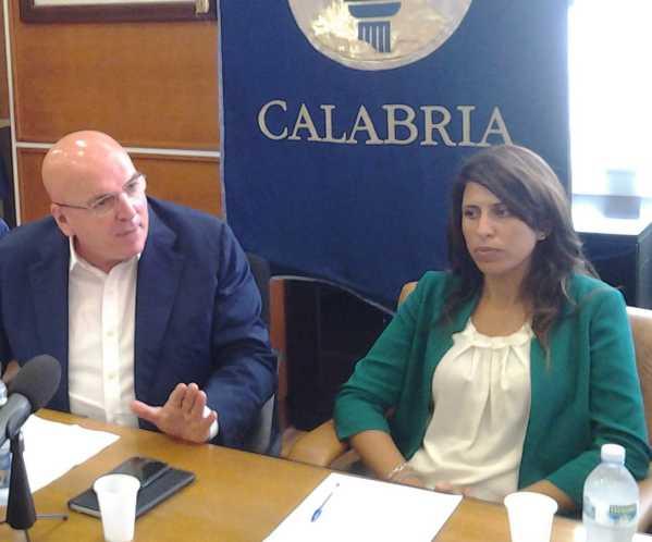 Mario Oliverio con Federica Roccisano