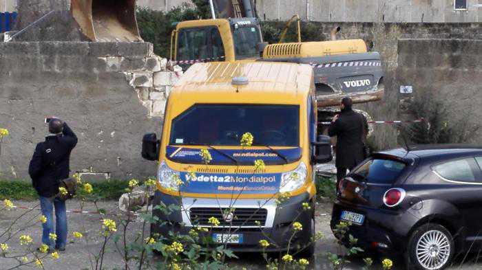 Sassari, assalto al caveau della Mondialpol. 10 milioni
