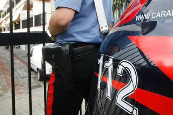 Napoli, blitz anti camorra contro clan Esposito. arresti