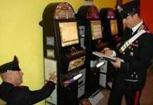 carabinieri di Cosenza sequestrano slot machine