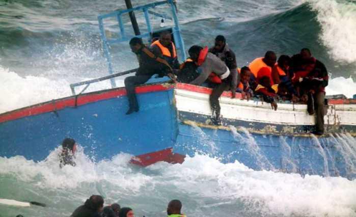 Migranti, altra ecatombe nel Mediterraneo: 400 dispersi