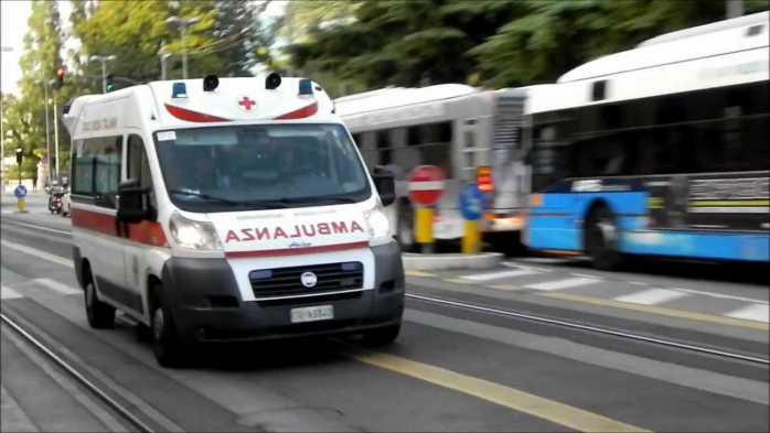 Tragico schianto sulla statale 107, muore una donna di Spezzano